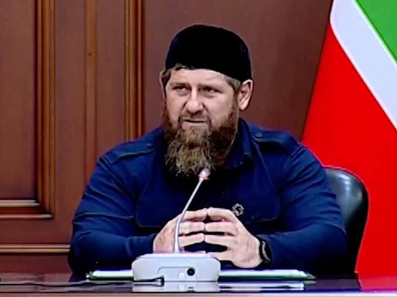 Глава Чечни Рамзан Кадыров предложил в последнюю очередь лечить жителей республики, которые отказались делать прививку от коронавируса