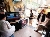 """В Пакистане запретили """"развращающую детей"""" рекламу презервативов"""