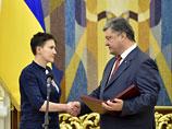 Порошенко наградил Савченко медалью и пообещал вернуть Крым и Донбасс