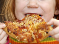 Итальянский суд разрешил мужчине платить алименты бывшей жене пиццей