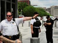 В Вашингтоне задержали женщину, перебросившую через забор вокруг Белого дома пакет с бумагами