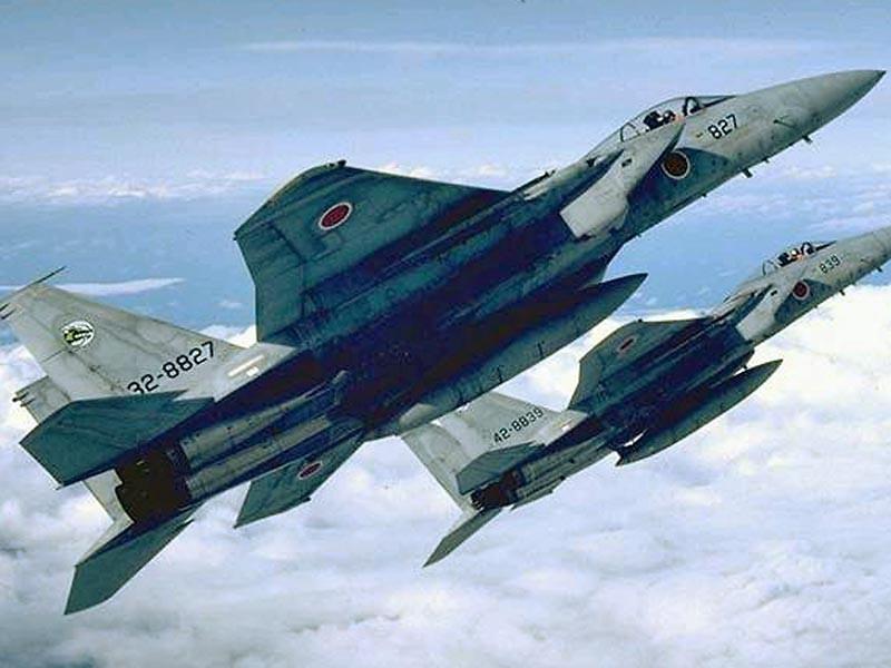 Истребители Воздушных сил самообороны Японии второй раз за два дня были подняты в воздух для перехвата двух противолодочных самолетов ВМФ России Ил-38, которые совершали полет близ японских берегов