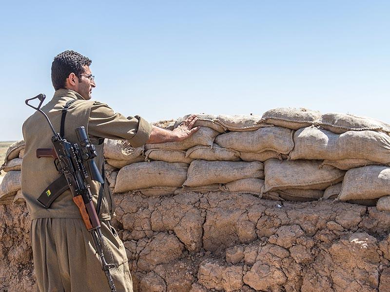 Силы безопасности Ирака продолжают освобождать от боевиков новые районы города Эль-Фаллуджа, расположенного в 50 км к западу от Багдада