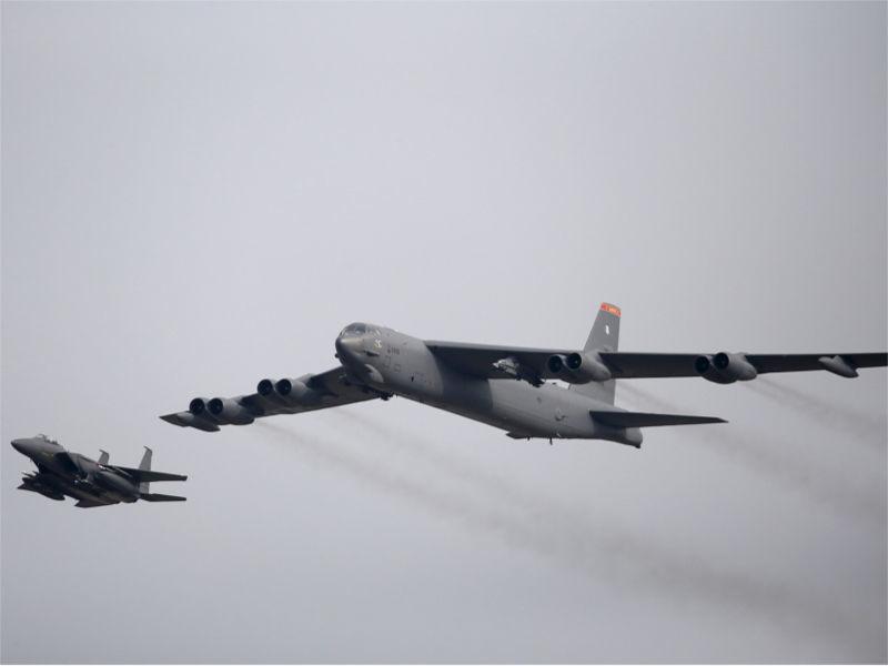 США перебрасывают в Европу бомбардировщики В-52 для участия в учениях на Балтике