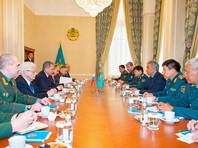 Шойгу обсудил с коллегой в Казахстане совместные меры Москвы и Астаны по борьбе с терроризмом