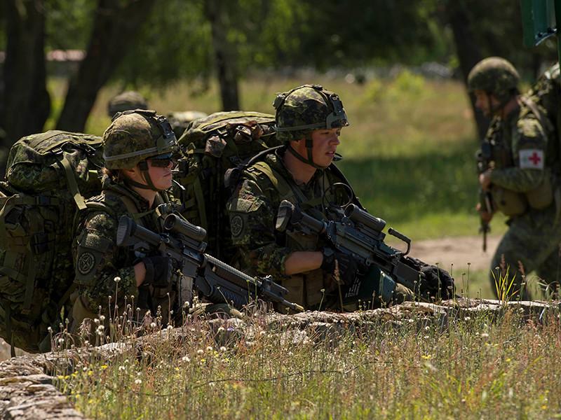 Канада может по просьбе НАТО дополнительно направить военных в Восточную Европу
