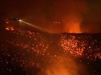 В Калифорнии внезапный лесной пожар угрожает городу, тысячи эвакуированы