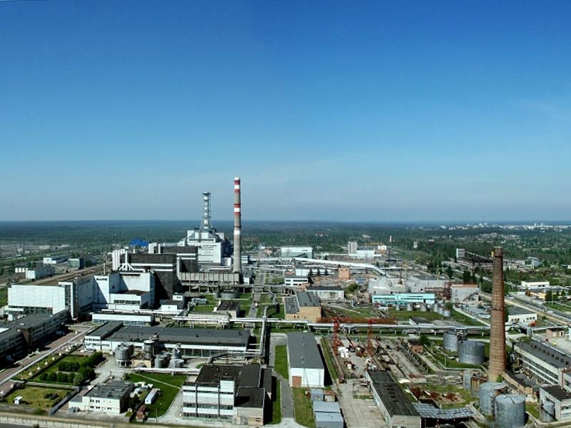 По версии украинских следователей, конструкции на территории атомной электростанции разбирались, а затем материал продавали по заниженным ценам
