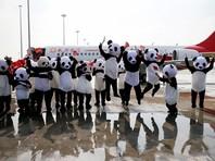 Плюшевые панды проводили в первый коммерческий полет китайского конкурента Boeing (ФОТО)
