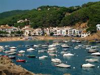 На дорогостоящей яхте в Испании обнаружены тела 28-летней россиянки и итальянца