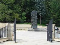 """Памятник советским воинам из польского города Санок решили перенести в музей, где он """"станет свидетельством трудных времен"""""""