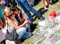 14 июля грузовик, за рулем которого находился 31-летний тунисец Мохамед Ляуэж Булель, врезался в толпу на Английской набережной в Ницце, где в тот момент находились тысячи людей, расходившихся после праздничного фейерверка в честь Дня взятия Бастилии