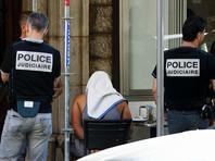 Во Франции на полгода продлен режим чрезвычайного положения
