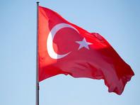 На сайте WikiLeaks опубликованы электронные письма правящей в Турции Партии справедливости и развития (ПСР). Отмечается, что в открытый доступ выложены 294 548 писем