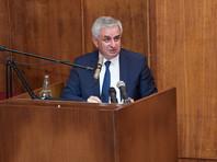 """Президент Абхазии оценил беспорядки в Сухуми как """"борьбу за власть"""" и попытку дестабилизации"""
