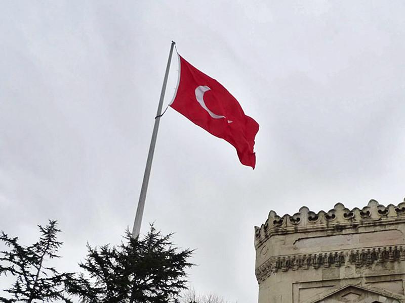 Прокуратура Стамбула в среду, 27 июля, выдала ордеры на арест 47 бывших сотрудников оппозиционной газеты Zaman, в марте 2016 года принудительно переведенной под управление турецких властей