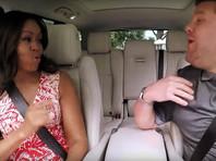 """Супруга президента США Барака Обамы, рассказав о своих музыкальных вкусах, вместе с Корденом исполнила песню Бейонсе Single Ladies и Стиви Уандера """"Signed, Sealed, Delivered I'm Yours"""""""