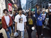 В США в ходе демонстраций против убийств афроамериканцев полицейскими задержаны сотни человек, больше всего - в городах Сент-Пол (Миннесота) и Бэтон-Руж (Луизиана), где произошли всколыхнувшие волну общественного возмущения смертельные инциденты