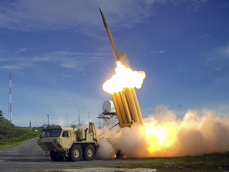 """Пхеньян применит """"физические"""" меры после того, как место установки высокотехнологичной системы THAAD, предназначенной для перехвата баллистических ракет, будет определено и подтверждено Южной Кореей"""