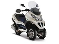Во Франции собрали деньги на новый мотоцикл смельчаку, пытавшемуся остановить террориста в Ницце
