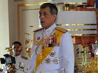 Наследный принц Таиланда прилетел в Мюнхен в сандалиях и непотребном топе