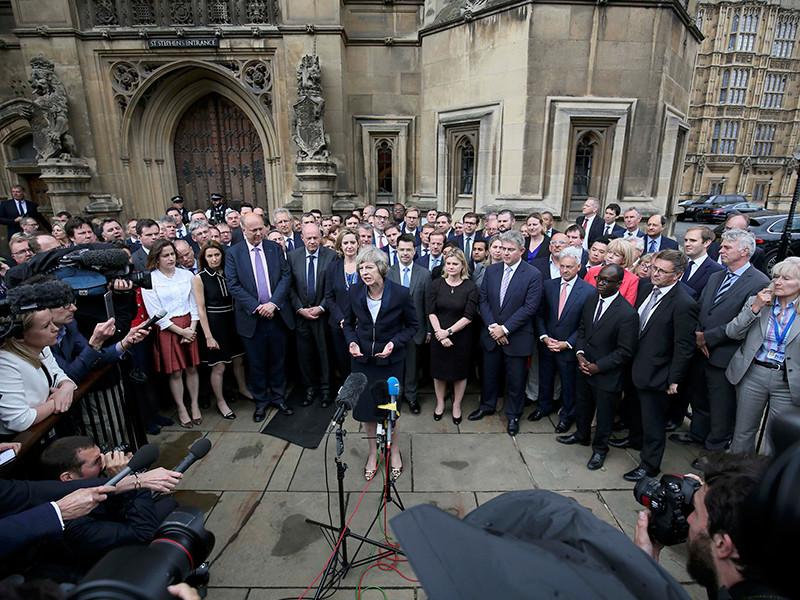 Глава МВД Великобритании 59-летняя Тереза Мэй избрана лидером правящей Консервативной партии Великобритании