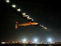 Самолет Solar Impulse 2 с двигателями, работающими от солнечных батарей, завершил свой последний двухдневный этап кругосветного путешествия, благополучно приземлившись в Абу-Даби