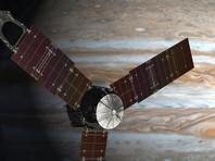 Зонд Juno прислал первые снимки с орбиты Юпитера