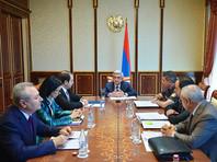 Президент Армении впервые высказался по поводу нападения на полицейский участок, призвав захватчиков сложить оружие