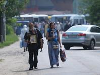 Всеукраинский крестный ход, следование которого было заблокировано МВД во вторник днем из-за обнаружения закладки взрывных устройств, возобновился