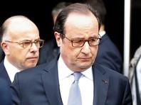 Президент Франции Франсуа Олланд прибыл с визитом в город Сент-Этьен-дю-Рувре в регионе Нормандия, где утром 26 июля произошло вооруженное нападение на местную церковь с захватом заложников
