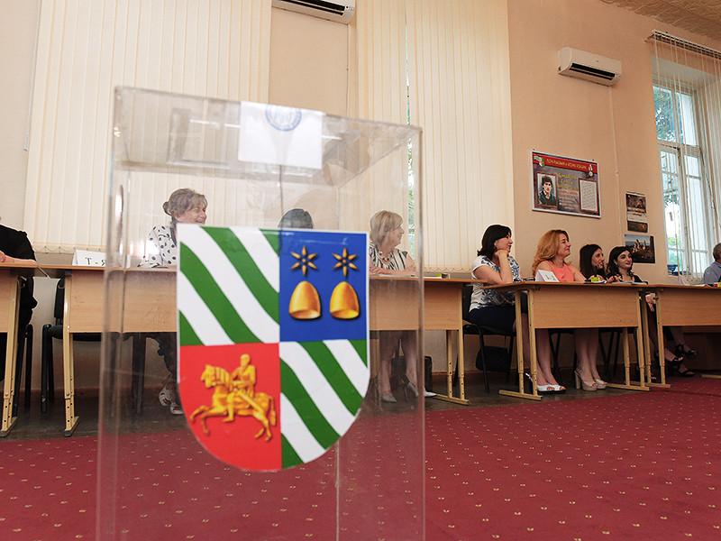 Референдум по вопросу досрочных выборов главы Абхазии, скорее всего, не состоится из-за низкой явки избирателей на участки