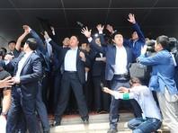 Премьер-министра Южной Кореи забросали яйцами из-за ПРО США