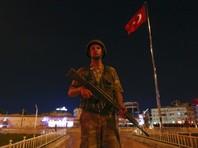 Утром в субботу турецкие власти сообщили о том, что верные президенту Эрдогану войска практически полностью взяли под контроль здание Генерального штаба, ранее захваченное мятежниками
