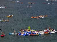 Около 1500 участников вечеринки на воде в США оказались в соседней Канаде