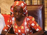 """В Нигерии освобожденная из плена """"Боко Харам"""" школьница попросилась """"домой"""""""