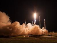 SpaceX успешно запустила спутник, вернув на платформу первую ступень ракеты