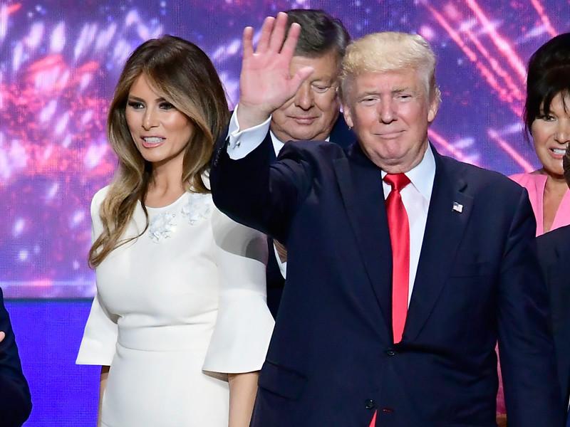 """""""Модно и по-европейски"""": Трамп одобряет публикацию откровенных фото жены в СМИ"""