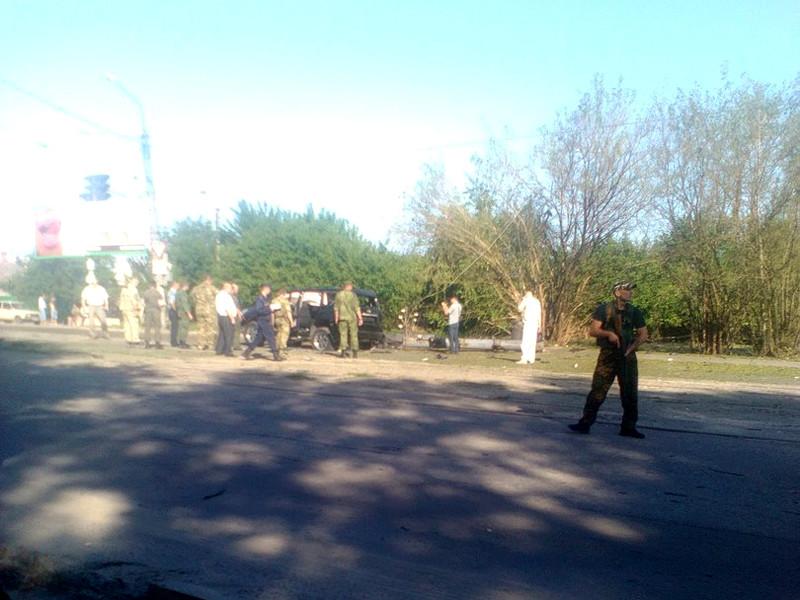В контролируемом украинскими сепаратистами Луганске взорвана машина главы самопровозглашенной Луганской народной республики Игоря Плотницкого