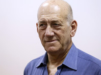 Сидящий за взятку экс-премьер Израиля подал на УДО