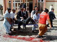 """Ответственность за взрыв в госпитале Пакистана взяли на себя """"Талибан"""" и """"Исламское государство"""""""