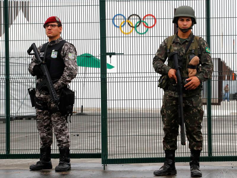 Полиция в Рио произвела контролируемый взрыв в Олимпийской деревне
