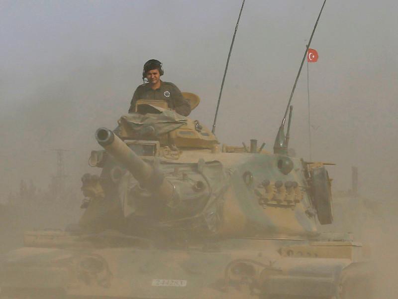 """В Сирии повстанцы при поддержке Турции захватили город Джараблус, находившийся под контролем запрещенной в России террористической организации """"Исламское государство"""" (ДАИШ)"""