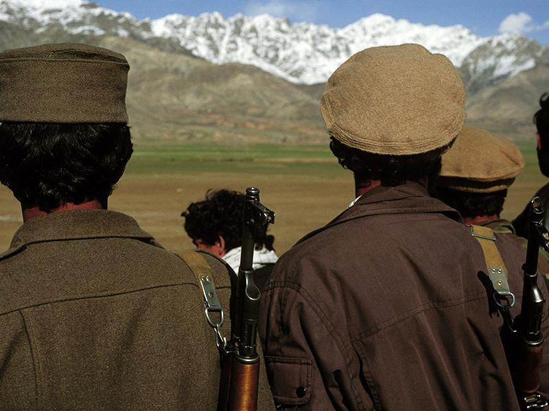 Афганские талибы отпустили захваченных после аварийной посадки вертолета российского штурмана Сергея Севастьянова и пятерых пакистанских военных, сообщает Reuters со ссылкой на власти Пакистана