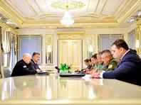 Вскоре после того, как президент Украины Петр Порошенко отдал приказ провести в повышенную боевую готовность все подразделения армии на границе с Крымом и на Донбассе, украинские военные приступили к маневрам на границе с полуостровом