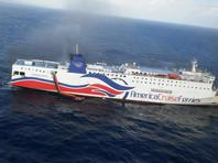 В Карибском море эвакуировали более 500 пассажиров с загоревшегося парома, возвращавшегося из Доминиканы