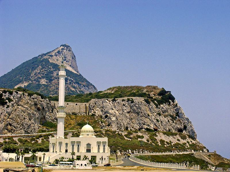 Гибралтар может остаться частью Евросоюза только при помощи Испании