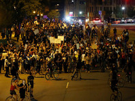 Протесты в Шарлотте продолжились после обнародования полицией видео убийства афроамериканца