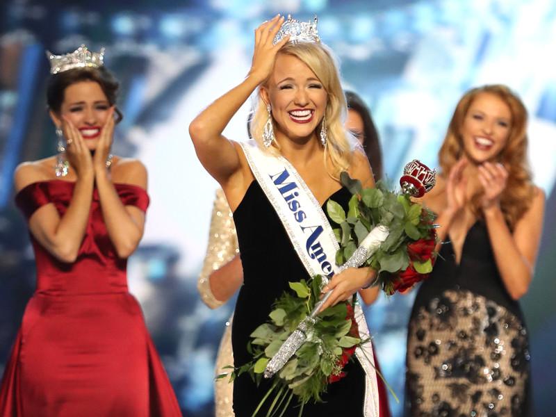 """Победительницей конкурса """"Мисс Америка-2017"""" стала жительница штата Арканзас Сэвви Шилдс"""