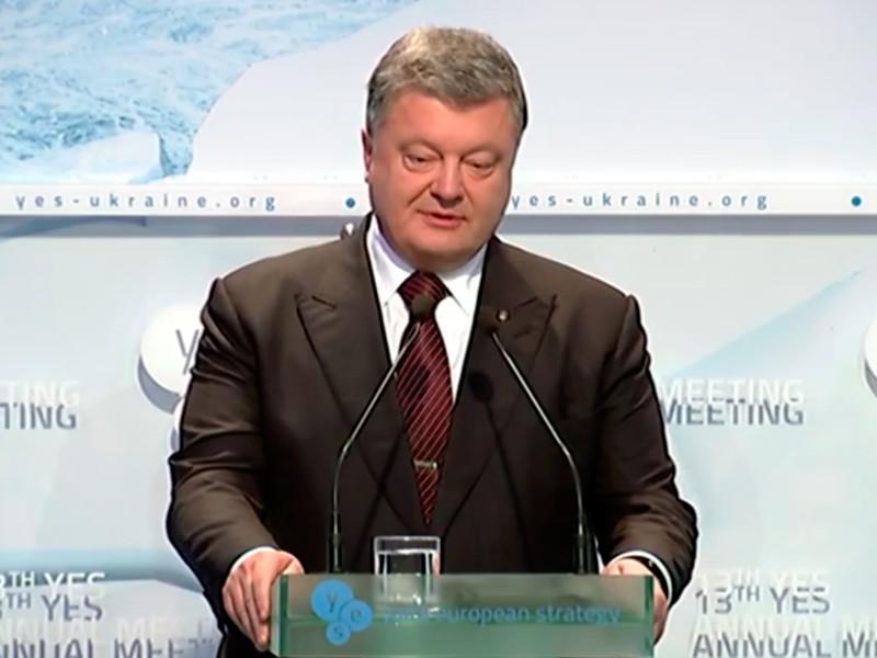 Порошенко заявил, что Крым превращается в настоящий концлагерь